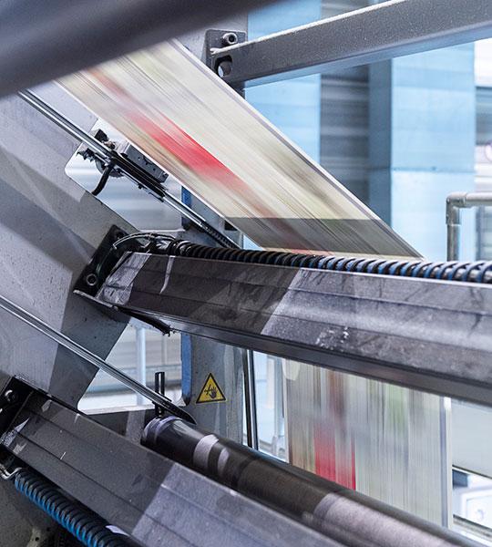 Maschine aus dem Druckzentrum von Oberpfalz Medien für den Druck von Zeitungen, Magazinen und Beilagen.