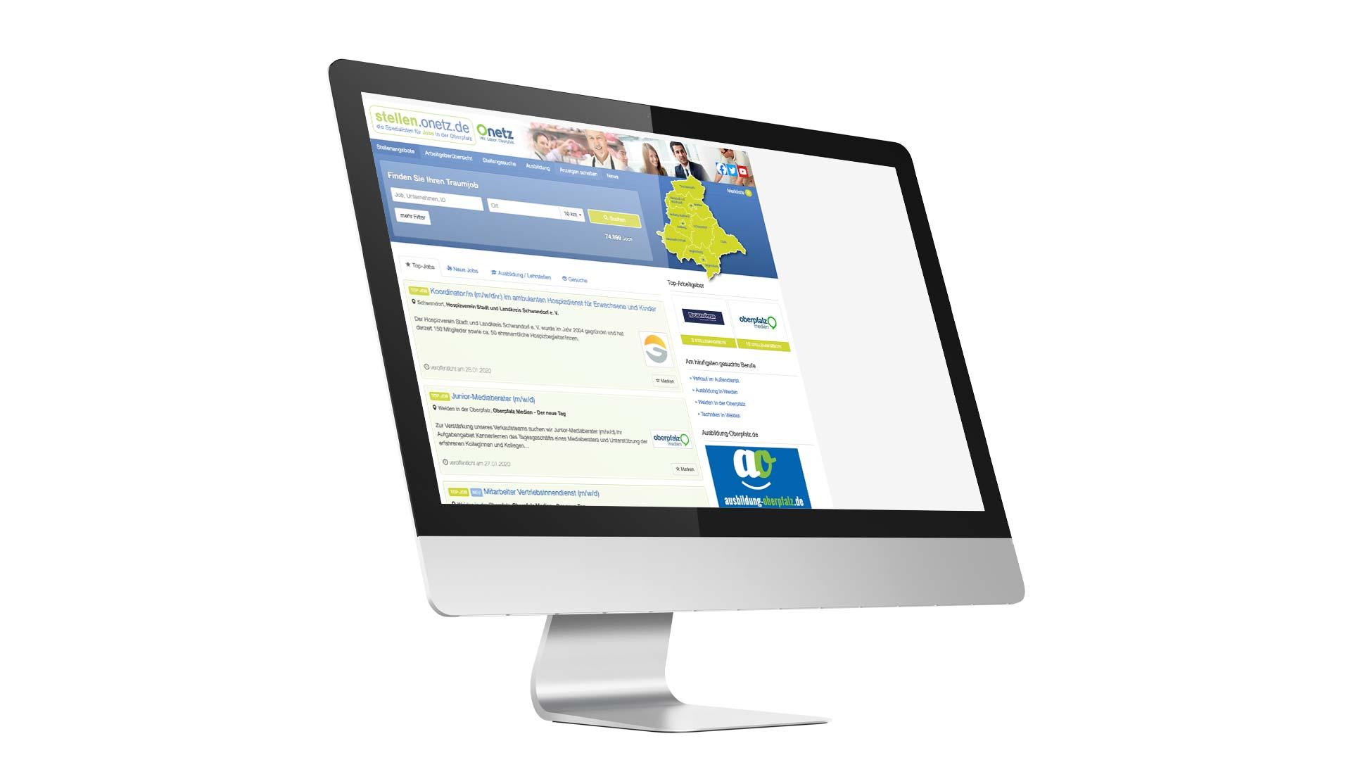 """Ansicht eines Monitors, auf dem das Onlineportal """"stellen.onetz.de"""" zu sehen ist."""